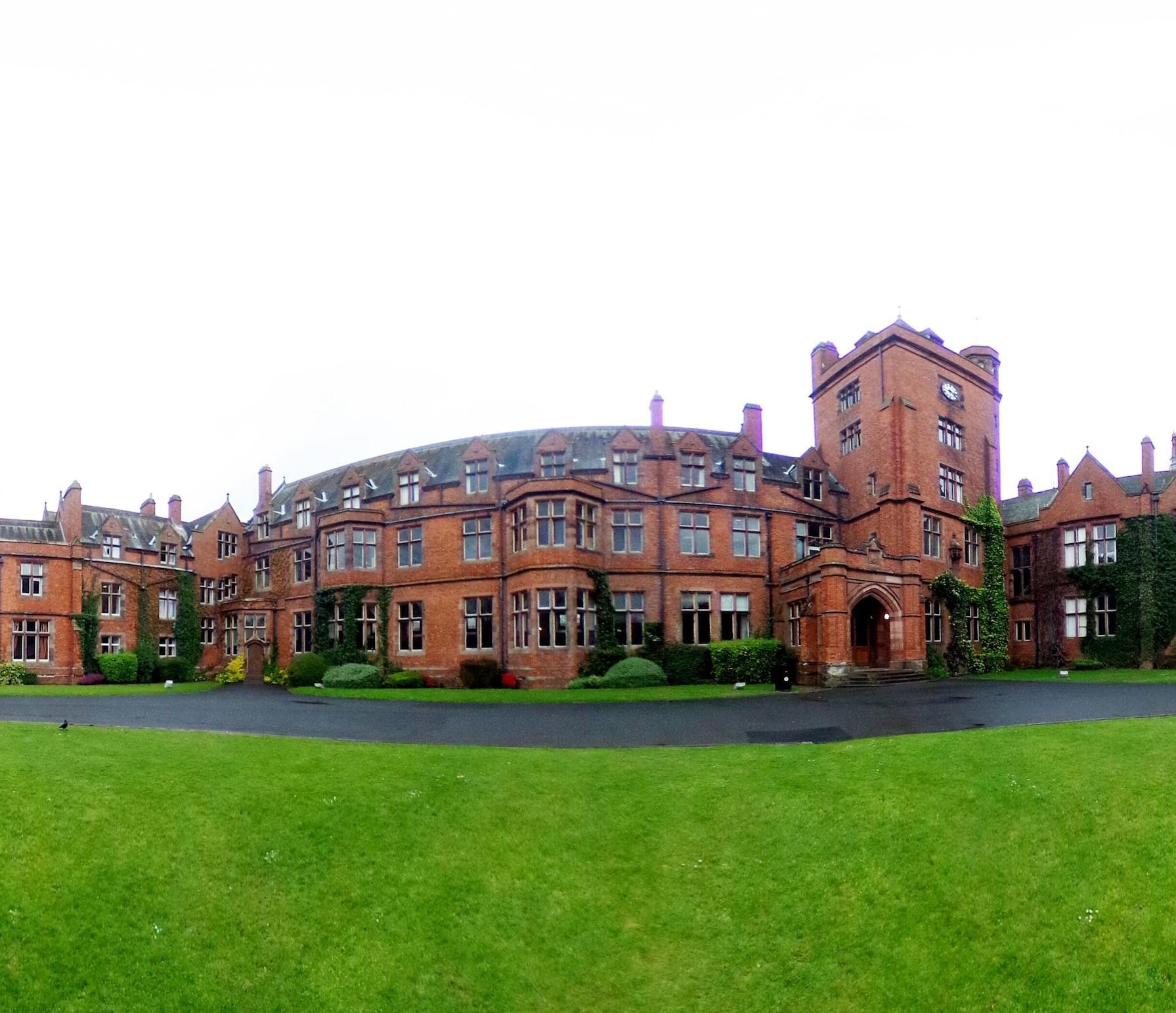 Sandhurst Apartments: International House Belfast Offer A VR Tour Of Their